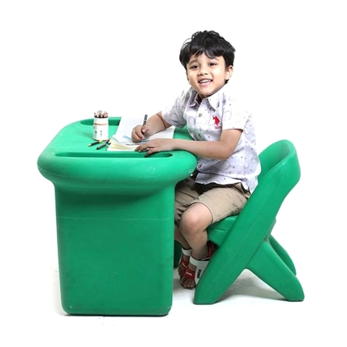 Playtime Toys Scholar Table With Chair - Green